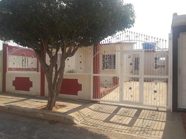 Casa Zulia>Municipio San Francisco>El Soler - Venta:6.000 Precio Referencial - codigo: 19-12882
