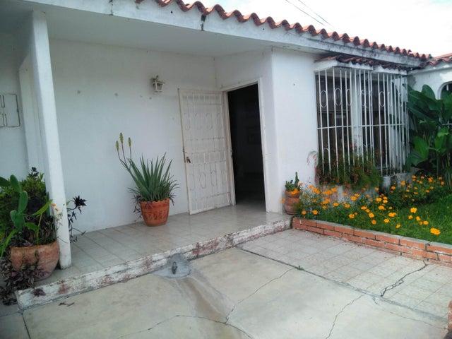 Casa Lara>Cabudare>Las Mercedes - Venta:21.000 Precio Referencial - codigo: 19-12930