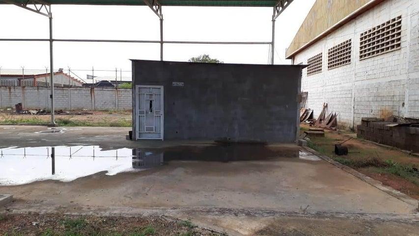 Industrial Zulia>Maracaibo>Zona Industrial Sur - Alquiler:400 Precio Referencial - codigo: 19-12931