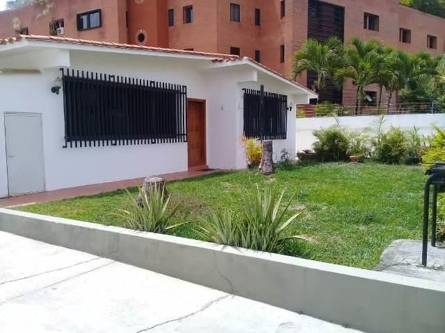 Casa Distrito Metropolitano>Caracas>Colinas de Bello Monte - Venta:350.000 Precio Referencial - codigo: 19-12954