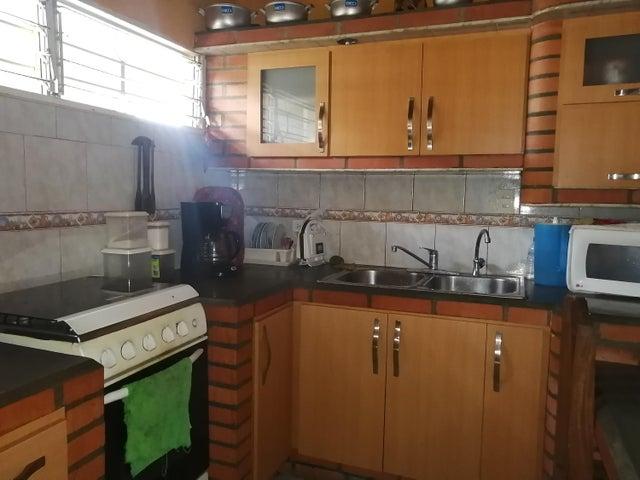 Casa Lara>Barquisimeto>Parroquia Juan de Villegas - Venta:14.000 Precio Referencial - codigo: 19-12955