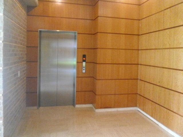 Apartamento Distrito Metropolitano>Caracas>Campo Alegre - Venta:1.450.000 Precio Referencial - codigo: 19-12974