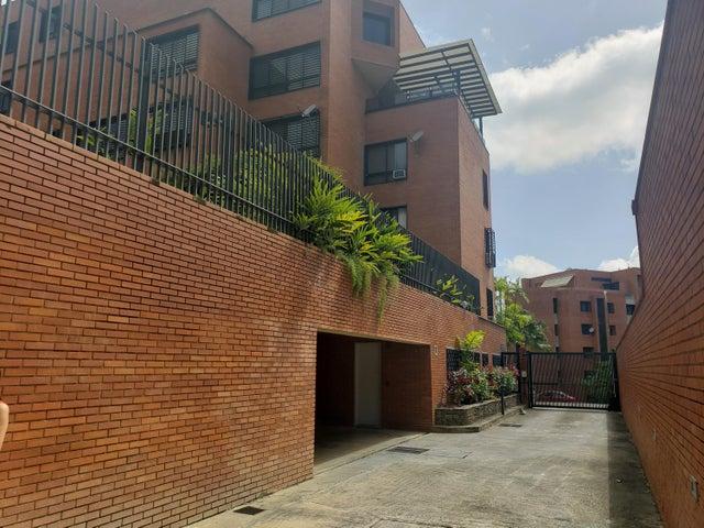Apartamento Distrito Metropolitano>Caracas>Colinas de Valle Arriba - Venta:360.000 Precio Referencial - codigo: 19-12962