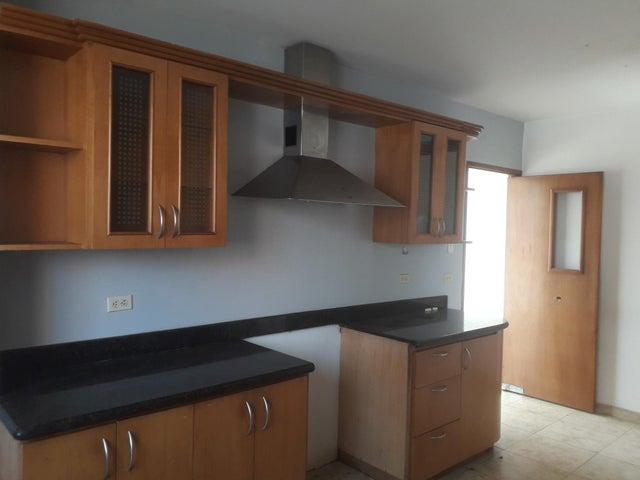 Apartamento Zulia>Maracaibo>Valle Frio - Alquiler:200 Precio Referencial - codigo: 19-12968