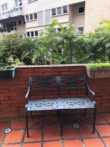 Apartamento Distrito Metropolitano>Caracas>La Lagunita Country Club - Venta:215.000 Precio Referencial - codigo: 19-12984