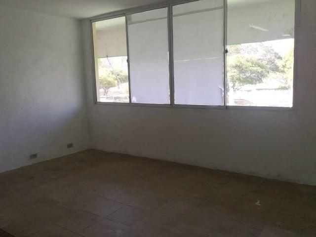 Oficina Zulia>Maracaibo>5 de Julio - Alquiler:80 Precio Referencial - codigo: 19-12980
