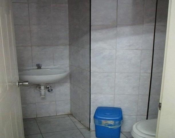 Local Comercial Anzoategui>El Tigrito>Vista Al Sol - Alquiler:200 Precio Referencial - codigo: 19-13005