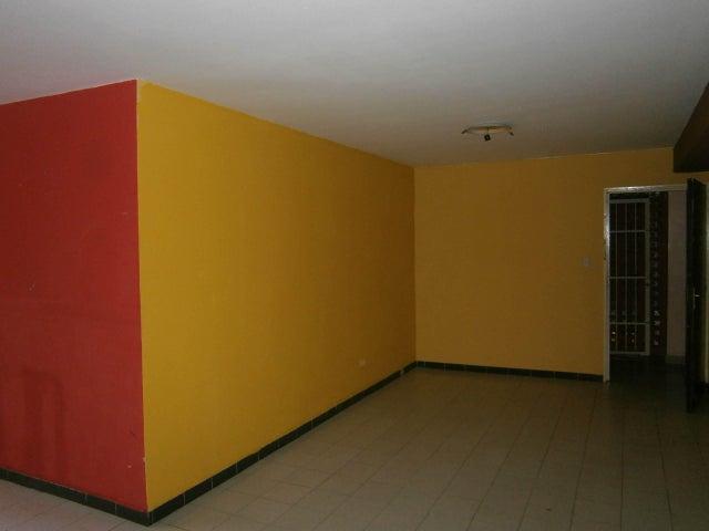 Apartamento Carabobo>Valencia>El Viñedo - Venta:12.000 Precio Referencial - codigo: 19-13003