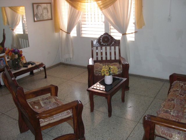 Casa Falcon>Coro>Sector San Bosco - Venta:35.000 Precio Referencial - codigo: 19-13004