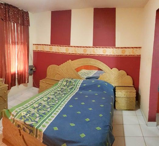 Apartamento Falcon>Coro>Sector Bobare - Venta:13.000 Precio Referencial - codigo: 19-13010
