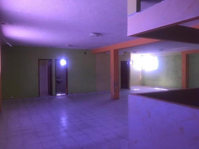 Local Comercial Falcon>Punto Fijo>Centro - Alquiler:300 Precio Referencial - codigo: 19-13011