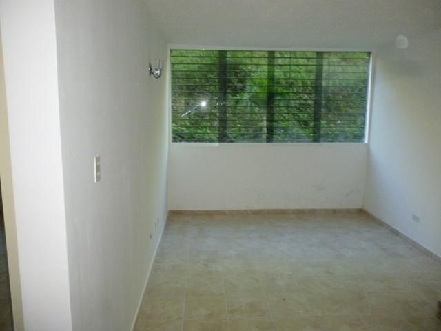 Apartamento Distrito Metropolitano>Caracas>Los Naranjos Humboldt - Venta:37.000 Precio Referencial - codigo: 19-13015