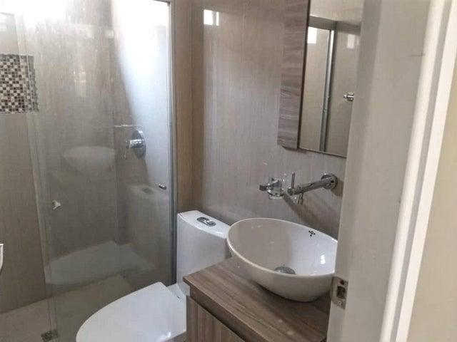 Apartamento Zulia>Maracaibo>El Pilar - Venta:27.000 Precio Referencial - codigo: 19-13014