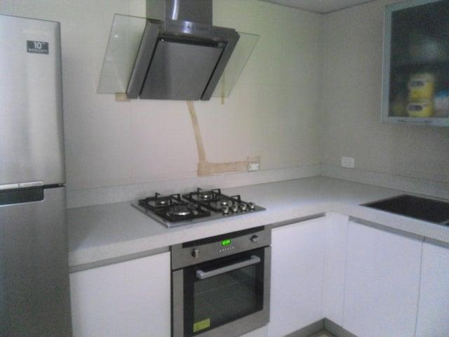 Apartamento Distrito Metropolitano>Caracas>Campo Alegre - Venta:190.000 Precio Referencial - codigo: 19-13067