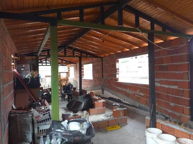Casa Yaracuy>San Felipe>San Felipe - Venta:18.000 Precio Referencial - codigo: 19-13065