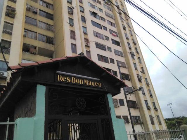 Apartamento Lara>Barquisimeto>Club Hipico Las Trinitarias - Alquiler:150 Precio Referencial - codigo: 19-13051