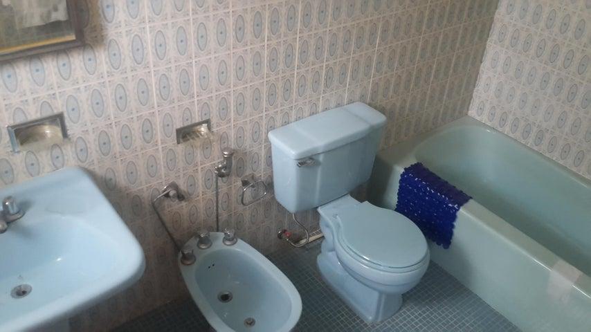 Apartamento Distrito Metropolitano>Caracas>El Paraiso - Venta:59.500 Precio Referencial - codigo: 19-13058