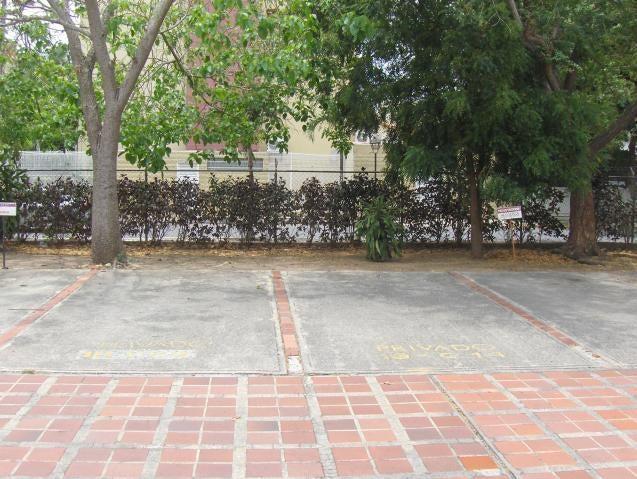 Oficina Lara>Barquisimeto>Parroquia Santa Rosa - Venta:130.000 Precio Referencial - codigo: 19-13064