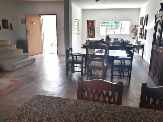 Casa Zulia>Maracaibo>Las Mercedes - Venta:21.000 Precio Referencial - codigo: 19-13063
