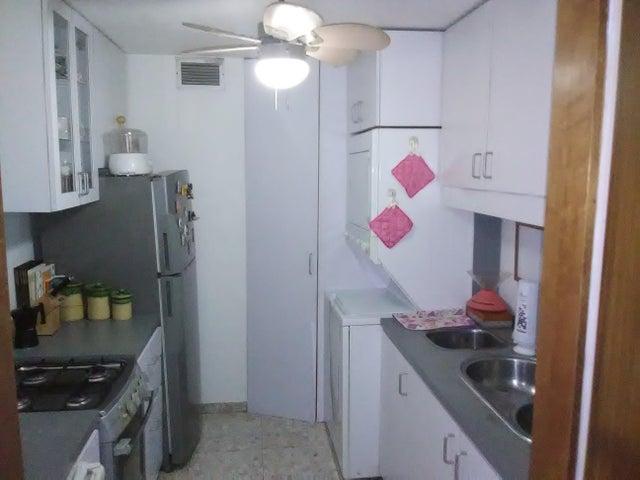 Apartamento Vargas>Parroquia Caraballeda>La Llanada - Venta:28.000 Precio Referencial - codigo: 19-14757