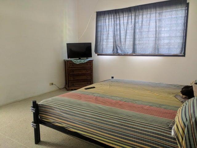 Casa Aragua>Maracay>El Limon - Venta:32.000 Precio Referencial - codigo: 19-13074