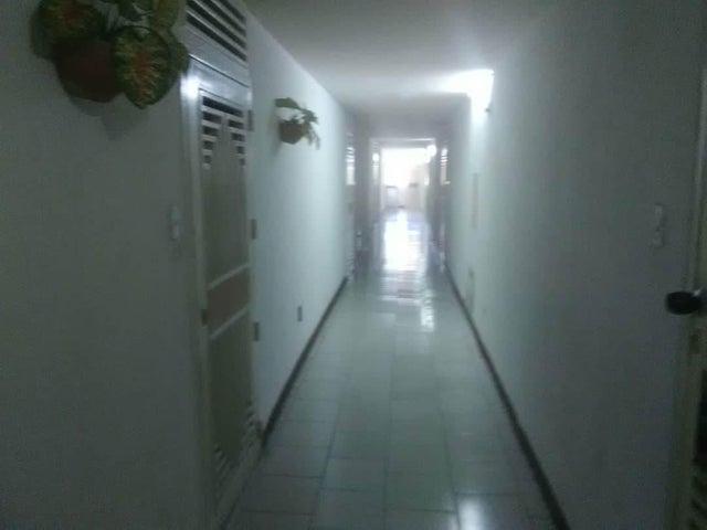 Apartamento Vargas>Parroquia Maiquetia>Pariata - Alquiler:150 Precio Referencial - codigo: 19-13034