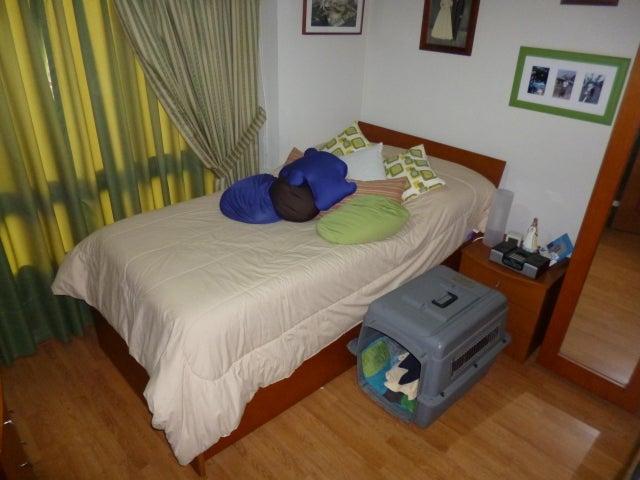 Apartamento Distrito Metropolitano>Caracas>Terrazas del Avila - Venta:80.000 Precio Referencial - codigo: 19-13138