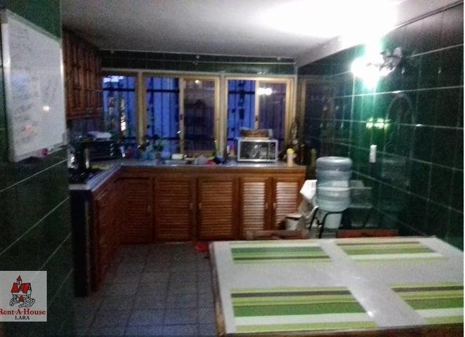 Apartamento Lara>Barquisimeto>La Arboleda - Venta:15.000 Precio Referencial - codigo: 19-13220