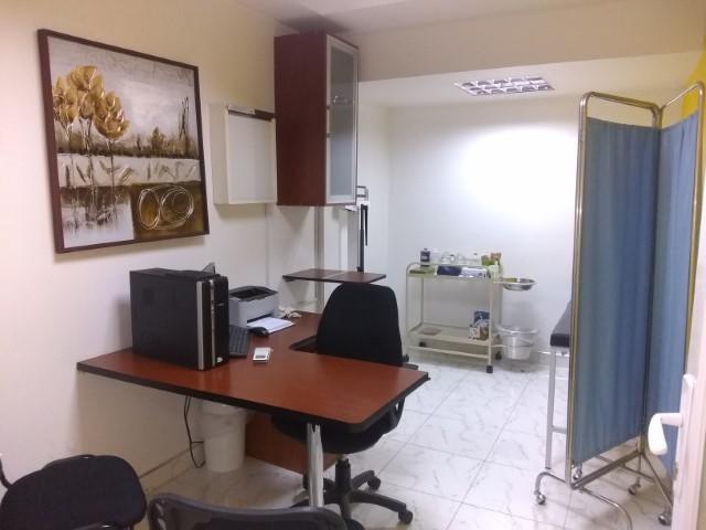 Local Comercial Lara>Barquisimeto>Parroquia Santa Rosa - Alquiler:380 Precio Referencial - codigo: 19-13142