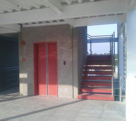 Oficina Zulia>Maracaibo>Zapara - Alquiler:120 Precio Referencial - codigo: 19-13178
