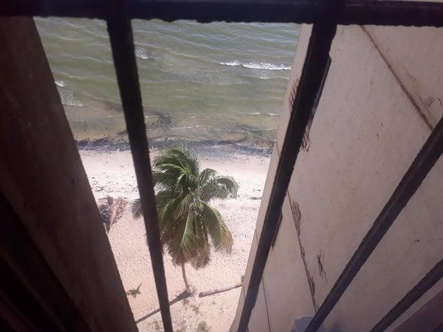 Apartamento Zulia>Maracaibo>Lago Mar Beach - Venta:13.000 Precio Referencial - codigo: 19-13247
