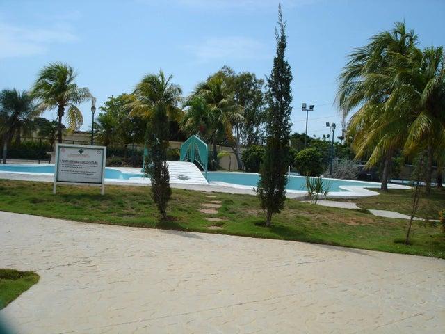 Townhouse Zulia>Maracaibo>Avenida Milagro Norte - Venta:55.000 Precio Referencial - codigo: 19-13289