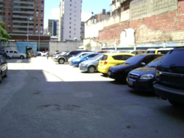 Local Comercial Distrito Metropolitano>Caracas>Sabana Grande - Venta:15.000 Precio Referencial - codigo: 19-13293