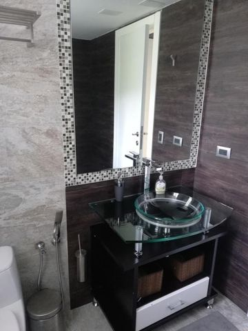 Apartamento Distrito Metropolitano>Caracas>Miranda - Venta:480.000 Precio Referencial - codigo: 19-13355