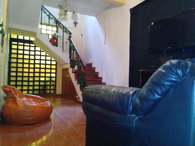 Casa Lara>Cabudare>La Puerta - Venta:15.000 Precio Referencial - codigo: 19-13372