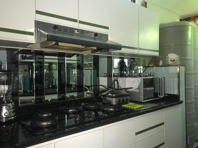 Apartamento Miranda>Los Teques>La Matica - Venta:25.000 Precio Referencial - codigo: 19-13451