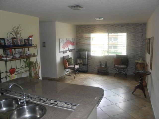 Apartamento Carabobo>Municipio San Diego>Monteserino - Venta:13.800 Precio Referencial - codigo: 19-13464