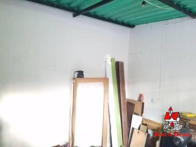 Casa Aragua>Maracay>Piñonal - Venta:9.000 Precio Referencial - codigo: 19-13538