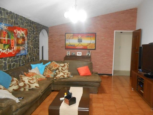 Casa Aragua>Maracay>El Limon - Venta:80.000 Precio Referencial - codigo: 19-13539
