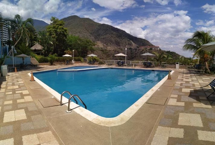 Apartamento Vargas>Parroquia Caraballeda>La Llanada - Venta:45.000 Precio Referencial - codigo: 19-13648