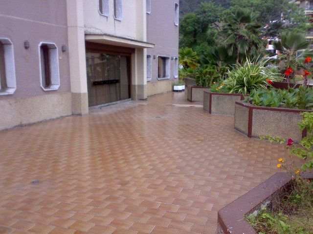 Edificio Distrito Metropolitano>Caracas>El Marques - Venta:12.000.000 Precio Referencial - codigo: 19-13720