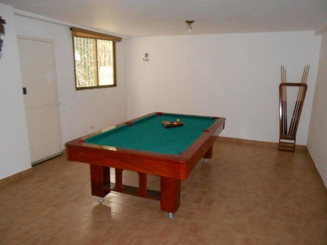 Casa Distrito Metropolitano>Caracas>Monterrey - Venta:200.000 Precio Referencial - codigo: 19-13741