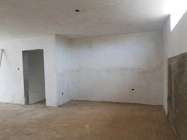 Apartamento Falcon>Coro>Sector La Floresta - Venta:20.000 Precio Referencial - codigo: 19-13879