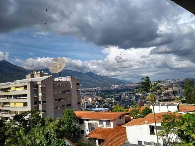 Apartamento Vargas>Catia La Mar>Playa Grande - Venta:85.000 Precio Referencial - codigo: 19-13913