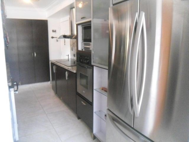 Apartamento Distrito Metropolitano>Caracas>Los Naranjos del Cafetal - Venta:130.000 Precio Referencial - codigo: 19-13962