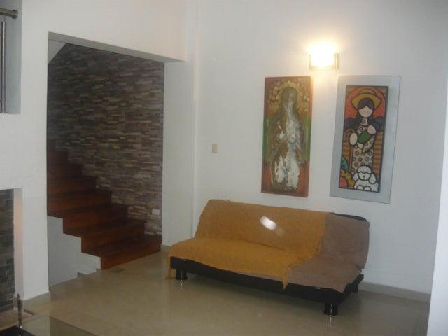 Townhouse Carabobo>Valencia>El Parral - Venta:105.000 Precio Referencial - codigo: 19-14019