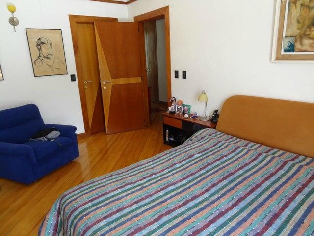 Casa Distrito Metropolitano>Caracas>Colinas del Tamanaco - Alquiler:4.700 Precio Referencial - codigo: 19-14090