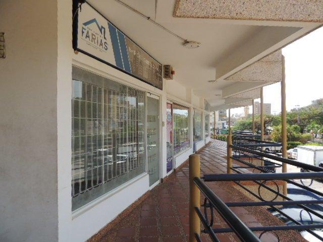 Local Comercial Zulia>Maracaibo>Avenida Universidad - Venta:20.000 Precio Referencial - codigo: 19-14225