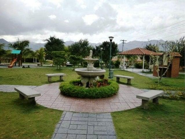 Apartamento Miranda>Guatire>Alto Grande - Venta:18.000 Precio Referencial - codigo: 19-14265