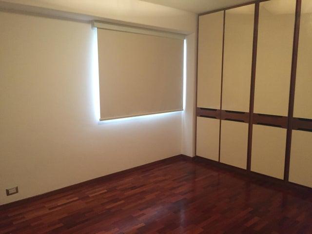 Apartamento Distrito Metropolitano>Caracas>La Castellana - Alquiler:2.000 Precio Referencial - codigo: 19-14335